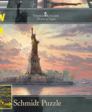 Schmidt-Statue of liberty in the twilight -59498_Packshot.cms-50626-auto-400